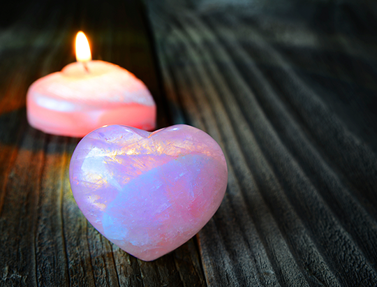 Crystals and Stones to Attract Summer Romance