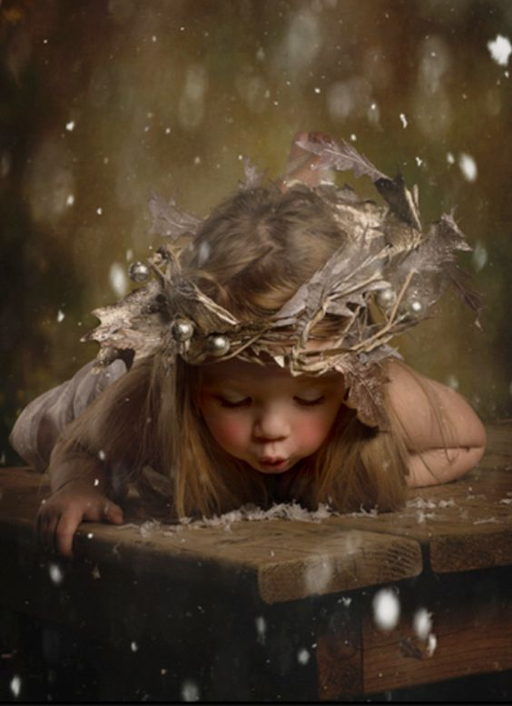 child-fae-snowflakes