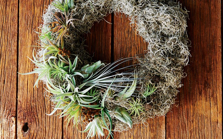 How To Make A Mossy Wreath