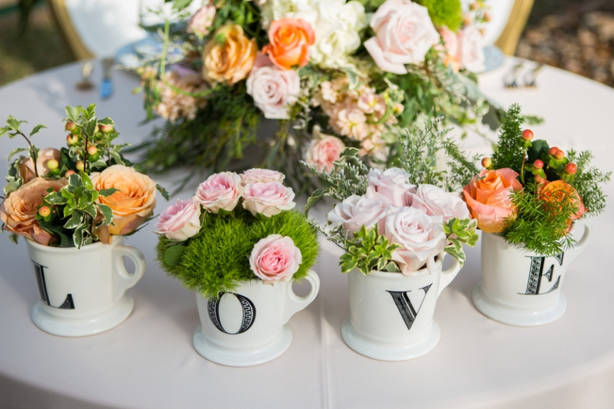 Floral-Arrangments-in-Teacups-Elegant-Garden-Party-Shelly-Taylor-Photography