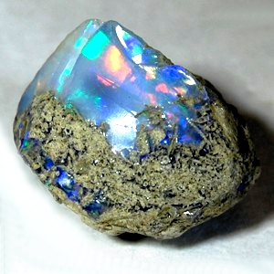THE HEART JOURNEY STONE: OPALS