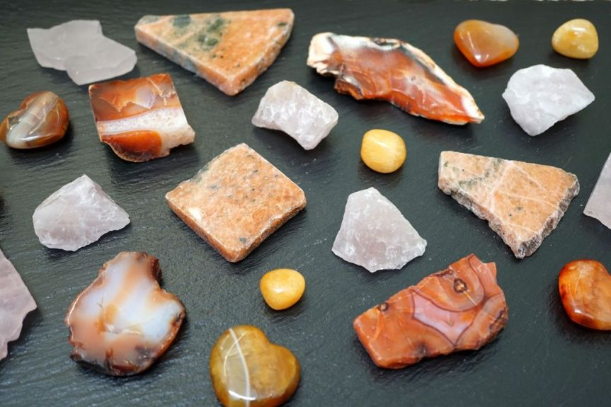 RAISING YOUR SELF-WORTH WITH CRYSTALS FOR CONFIDENCE