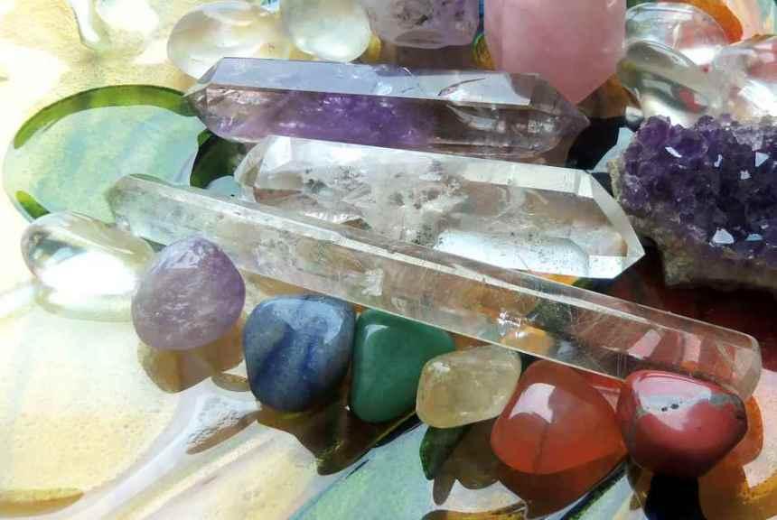 chakra-crystals