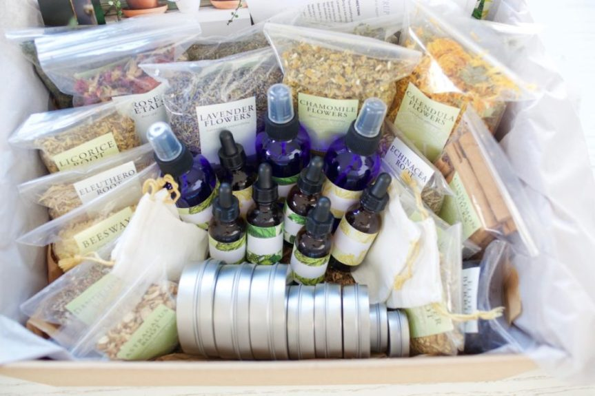 Give The Gift Of An Herbal Education… At A Discount!