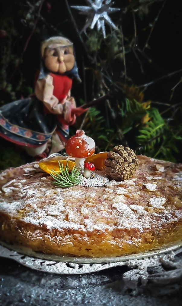 La Befana Cake: Honouring The Old Witch of Winter – Gather Victoria