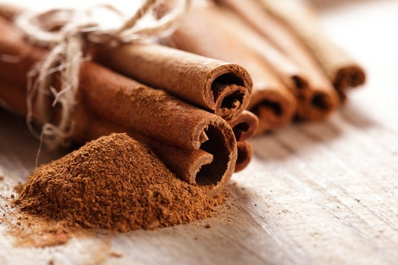 cinnamon-stick-powder-130909
