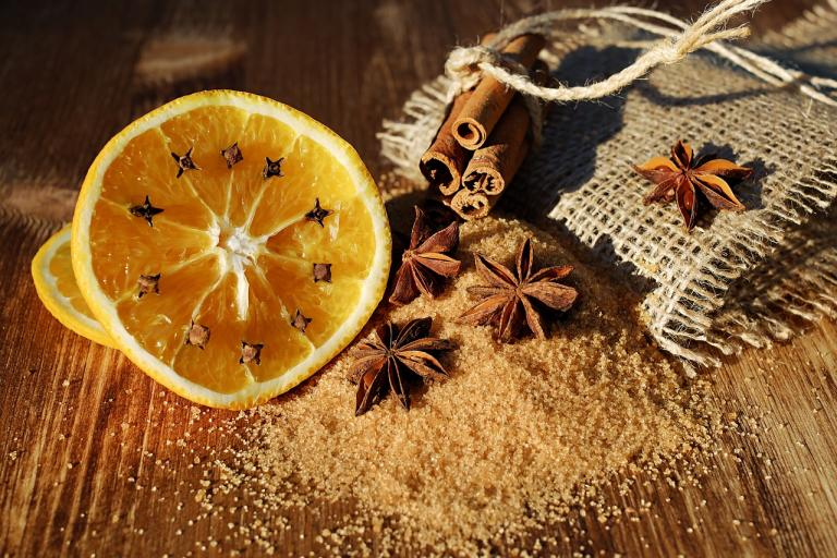 Yule Pomanders: Crafting Holiday Magick | Gwyn