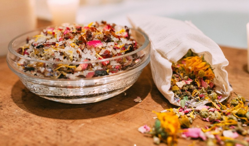 ppj-embed_herbal-bath-salts_spread-the-love-herbal-recipes